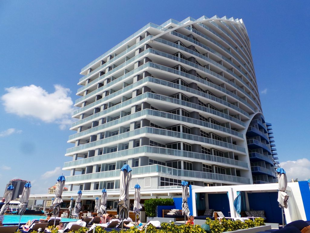 Exterior: W Fort Lauderdale