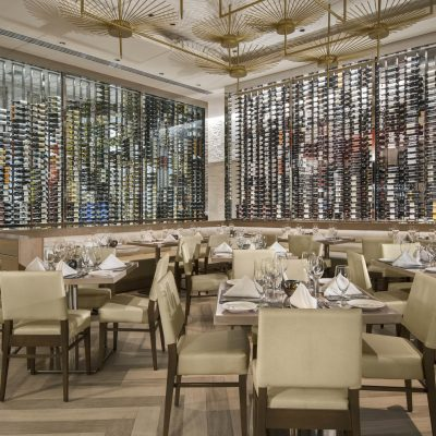 Where to Dine: Avenue5 in Downtown Naples