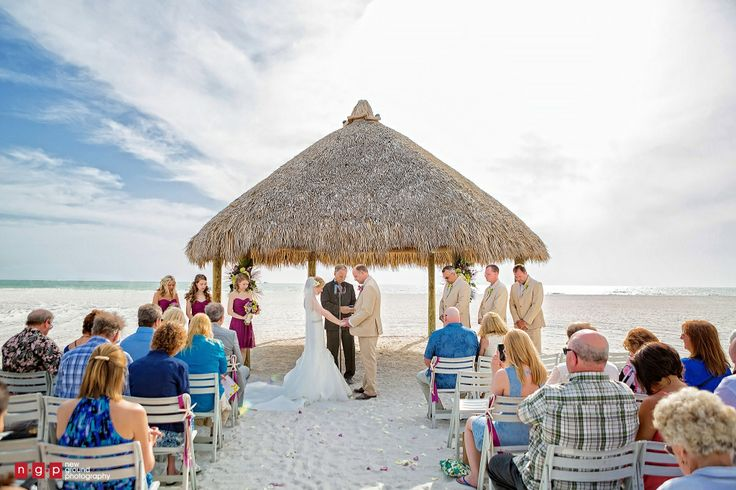 couple getting married at Marco Island Beach resort