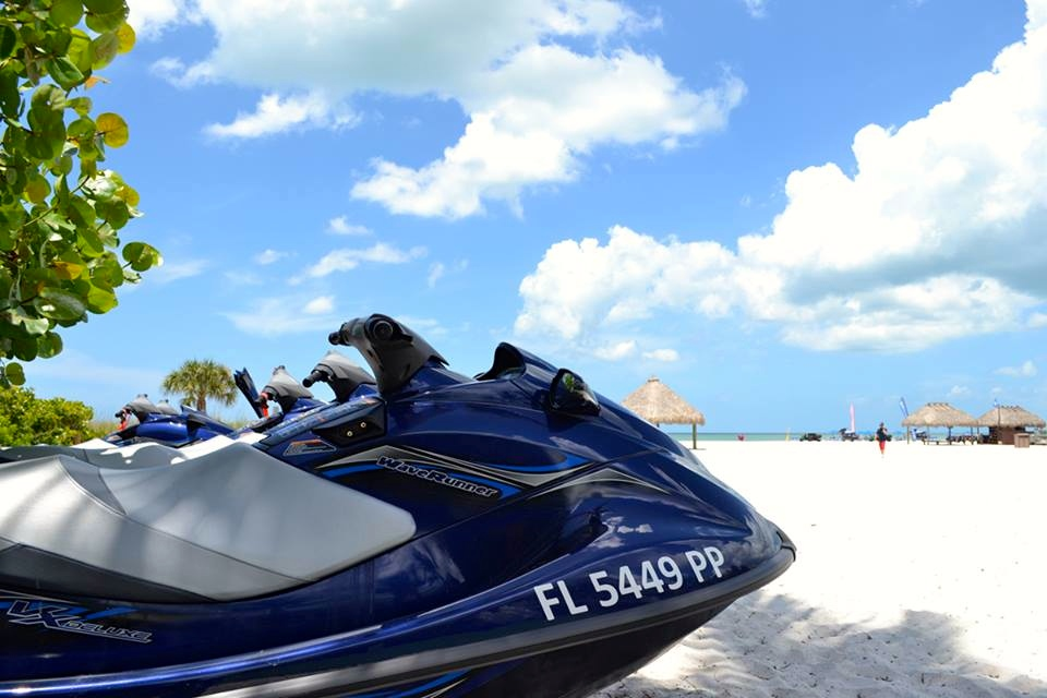 waverunners-marco-island-marriott