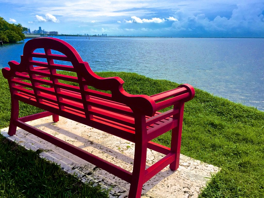 Kampong - Red Bench